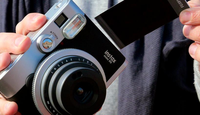 2cdddc96307dd La cámara más vendida de las Navidades no es digital   PHOTOLARI