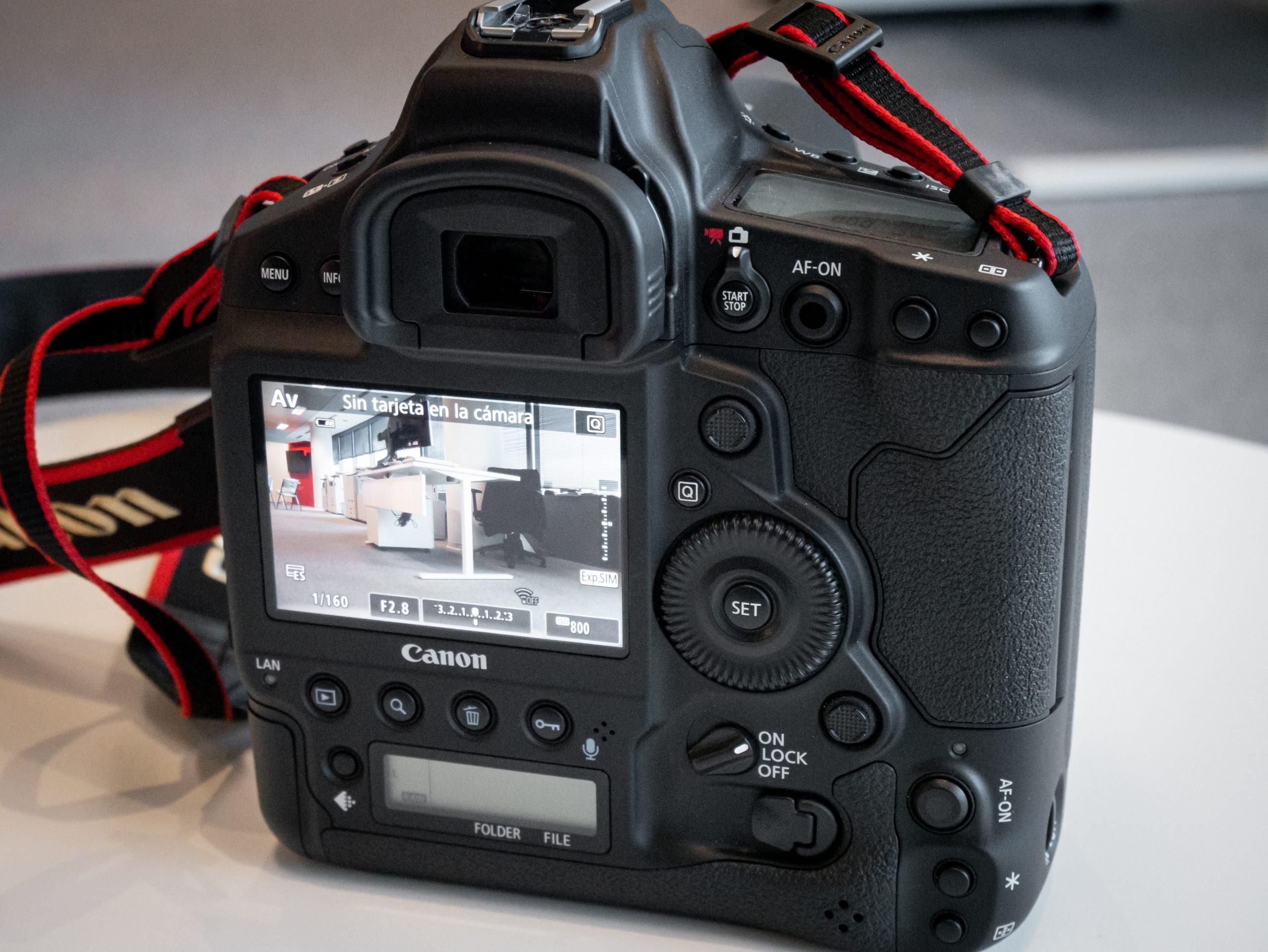 Canon-1DX-III-07