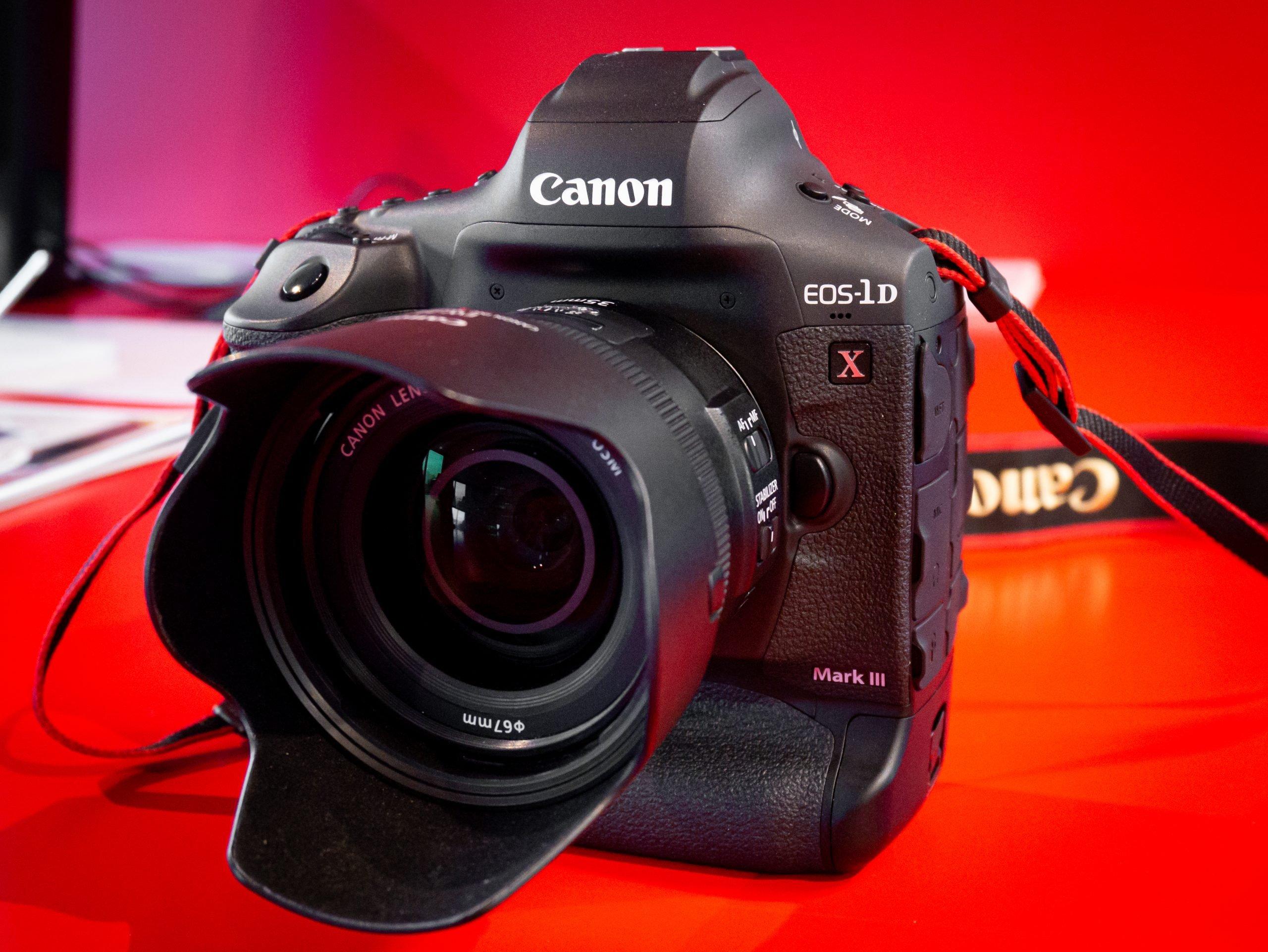 Canon-1DX-III-09
