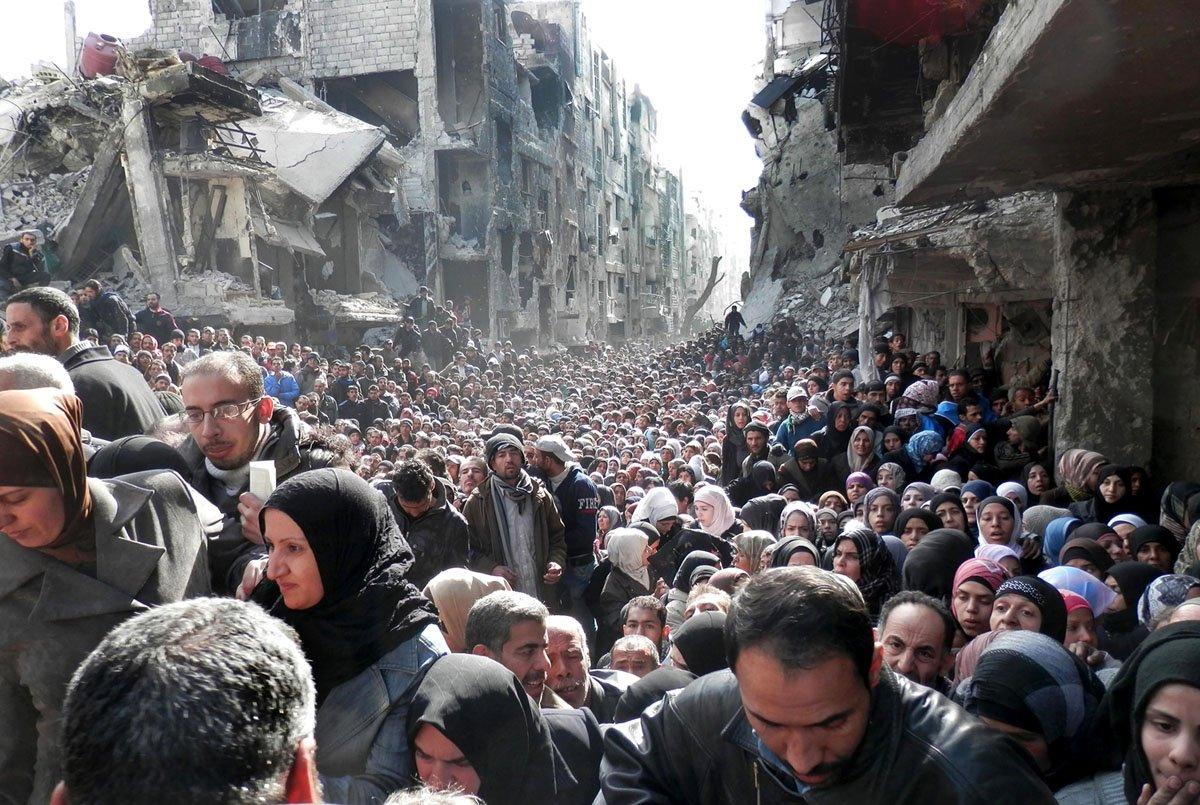Mideast Syria Palestinians