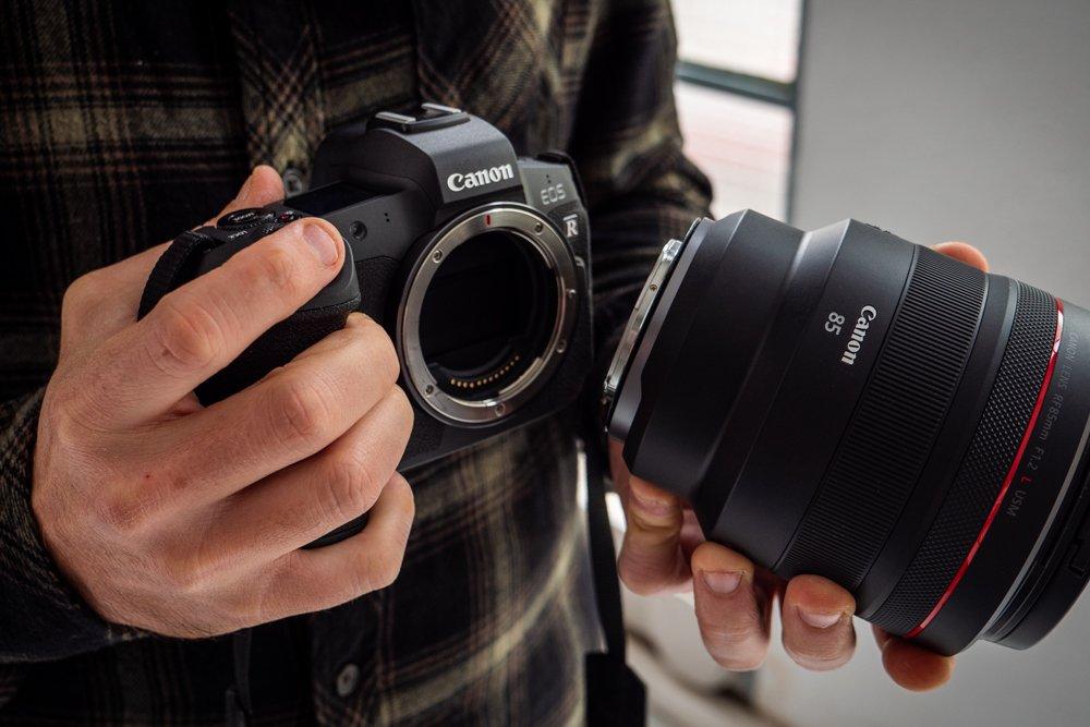 Canon 85 mm f1-2 rf-5