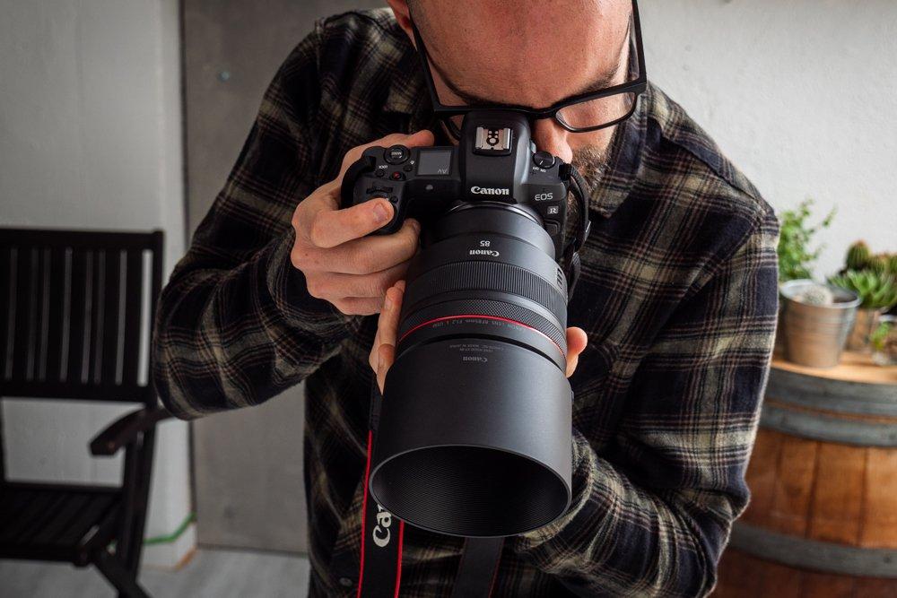 Canon 85 mm f1-2 rf-9