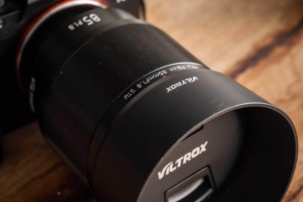 Viltrox-85mm-f18-3