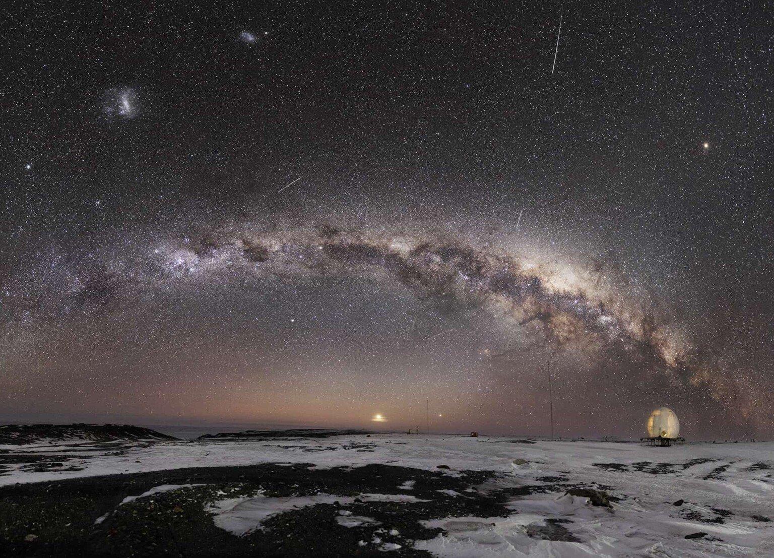 Milky-Way-in-Antarctica-1536×1107