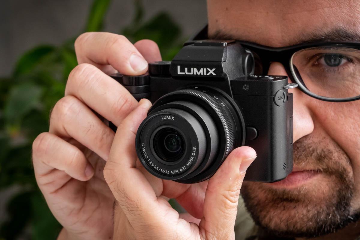 Panasonic Lumix G100V-11