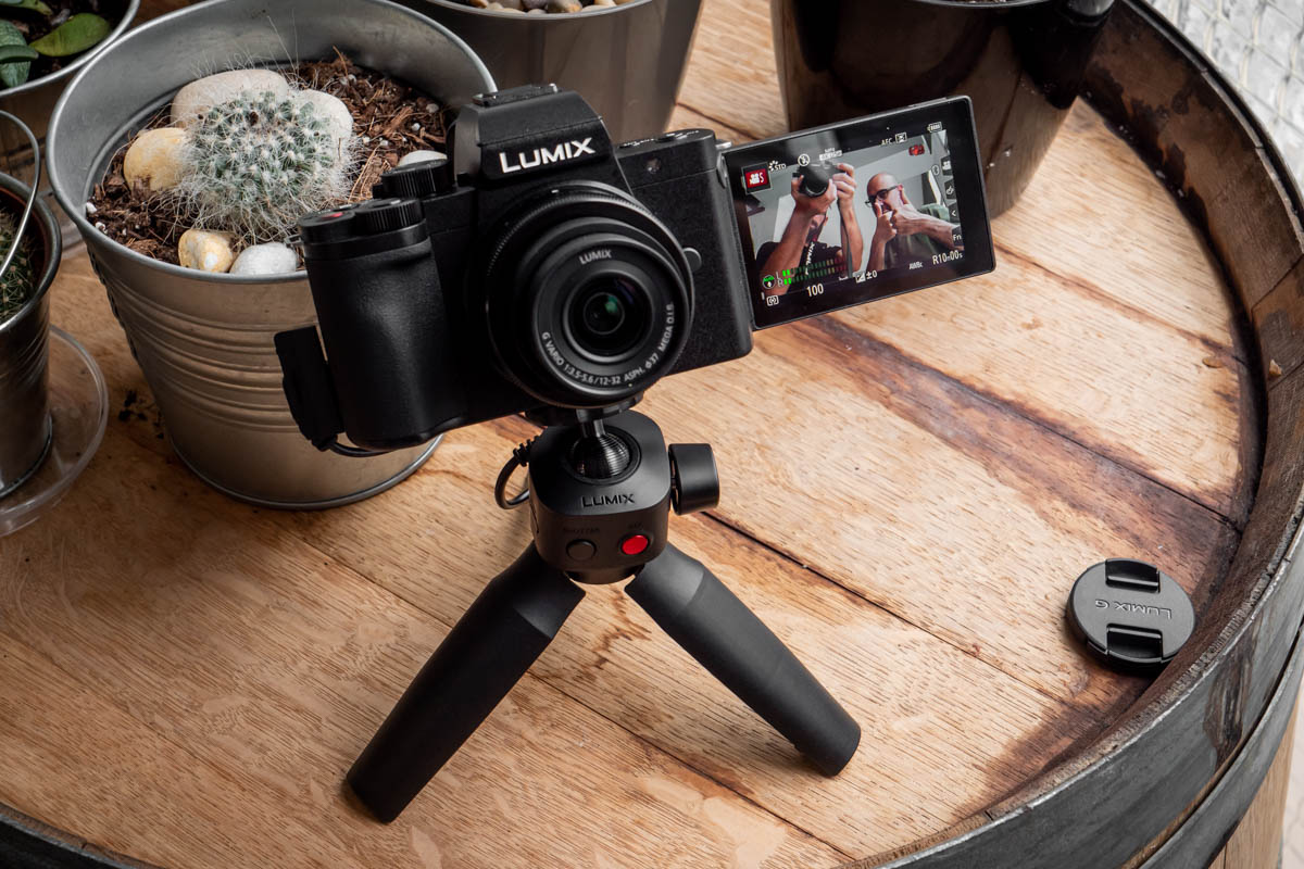Panasonic Lumix G100V-13