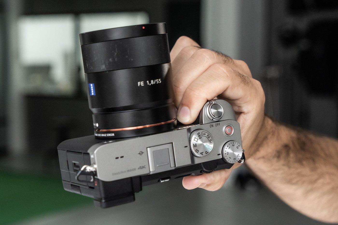 Sony A7C-18
