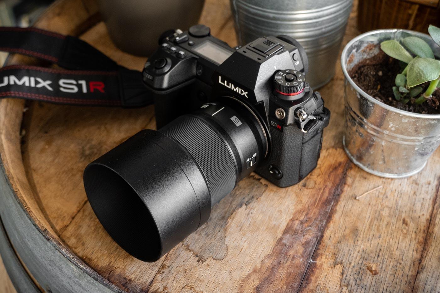 Panasonic_85mm-1