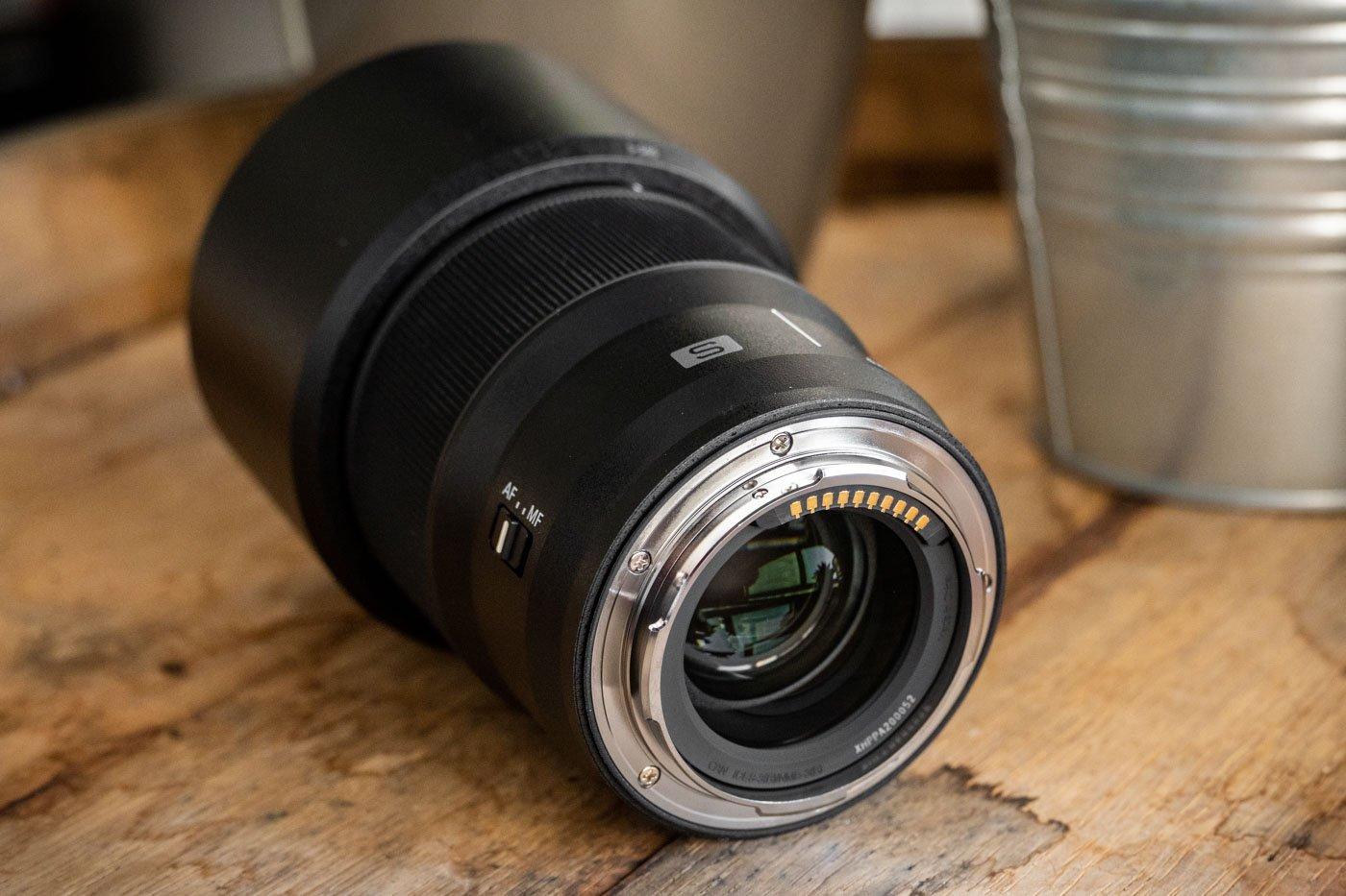 Panasonic_85mm-4