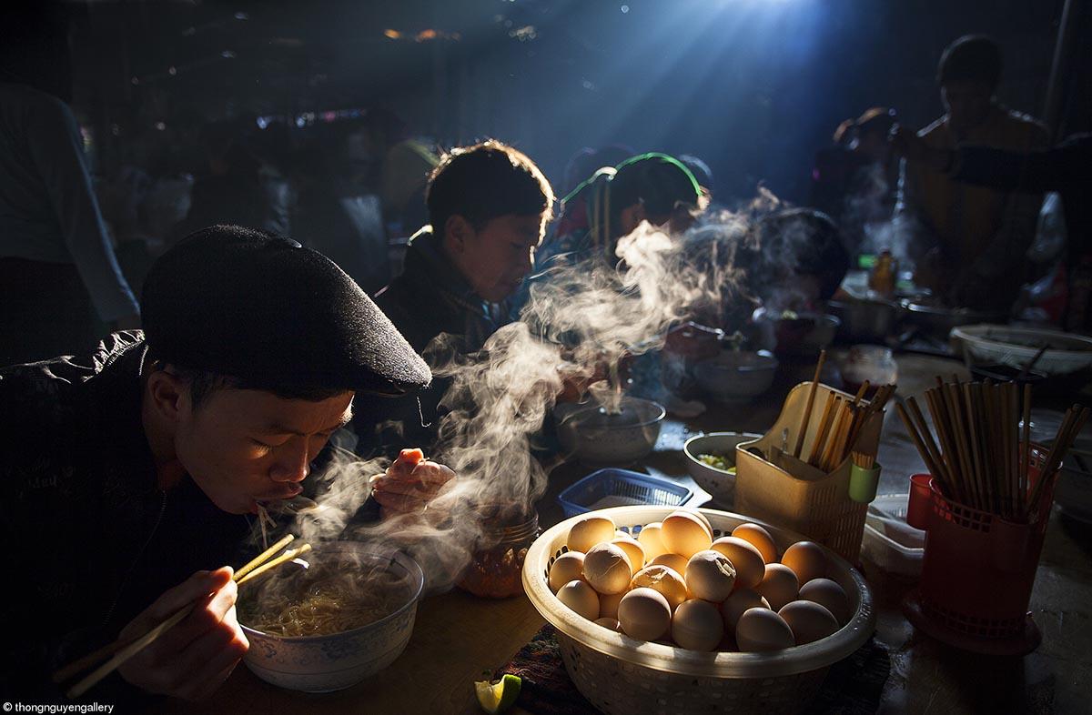 Food at the Table © Thong Nguyen