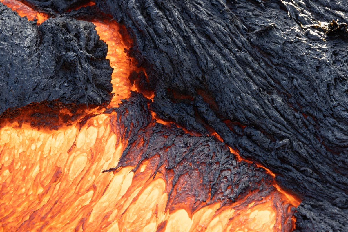 Volcan-Islandia-Nestor-Roldan-07