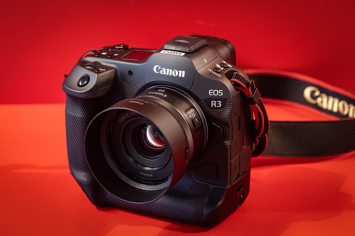 Canon-EOS-R3-Photolari-01