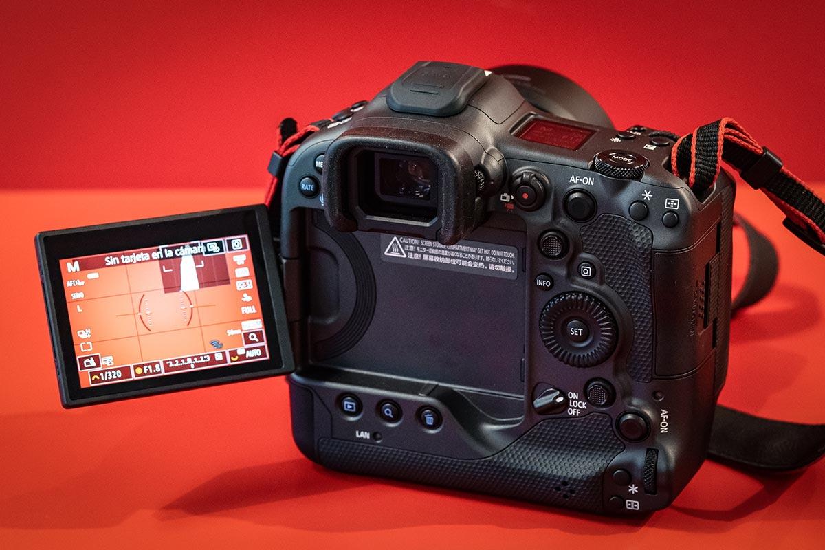 Canon-EOS-R3-Photolari-04