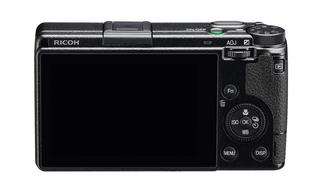 Ricoh-GR-IIIx-01
