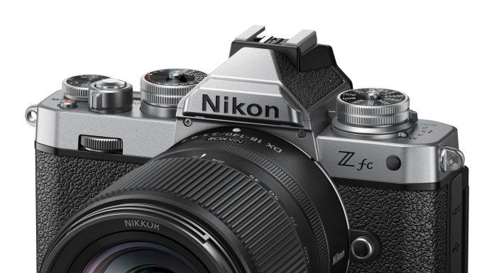 Nikon-18-140-01